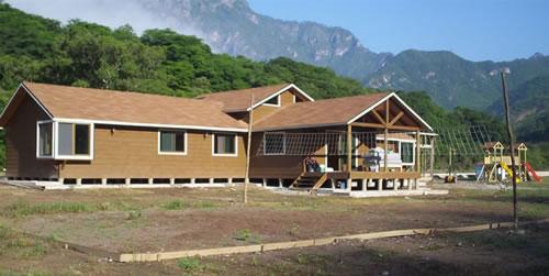 casa-residencial-275m2-02